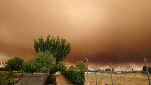 Φωτιά μετά από κεραυνό σε δάσος της Χαλκιδικής